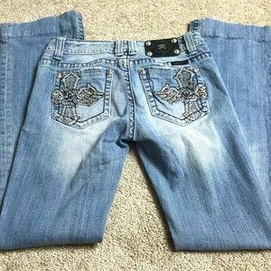Miss Me Jeans Cross Embellishment 28 JP5095B4